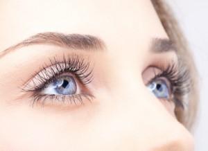 castor-oil-eyes4971778