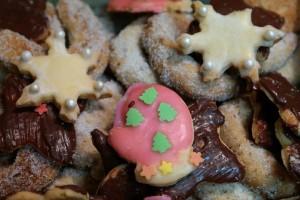 christmas-cookies-232141_640