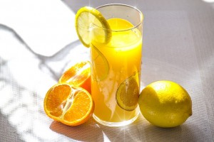 fruit-juice-1332072_640