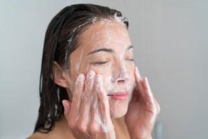 olive-oil-face-wash0975