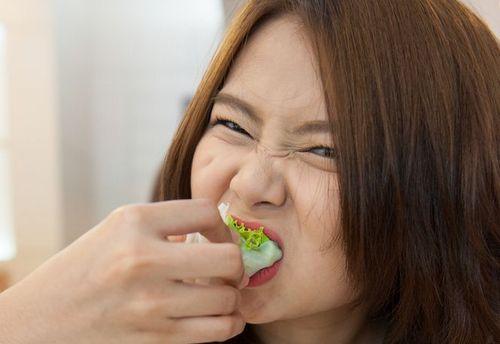 パクチーの味を例えると?好き嫌いが分れる原因と克服法とは? | 神様 ...